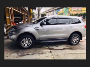 Ford Everest Trend 2.2 Auto